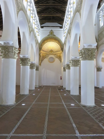 Toledo.Spain.cathedral inside of a Mosque1