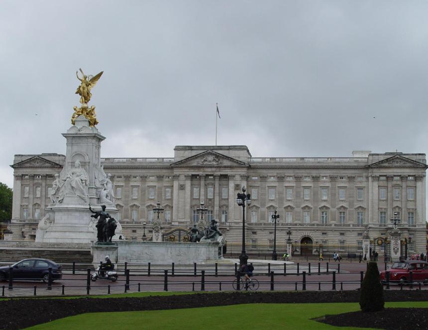 9buckingham-palace
