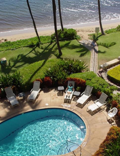 maui-beach-relax1