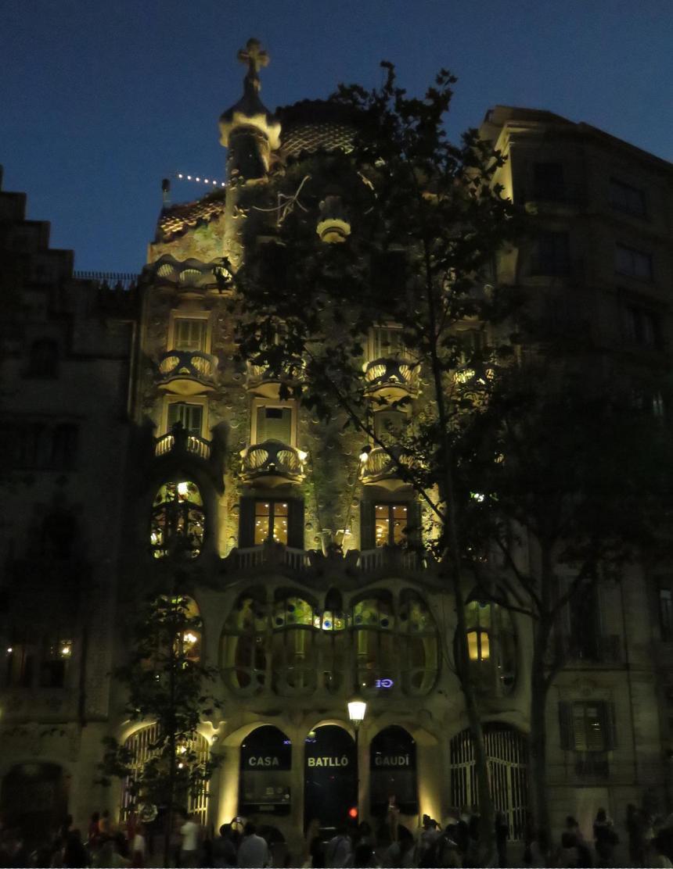 mystical-gaudi-building