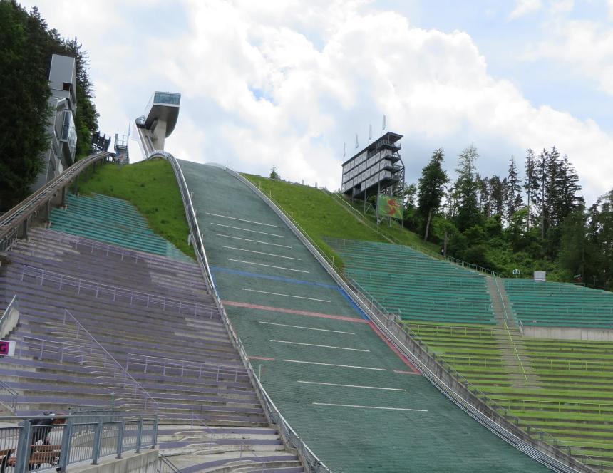 ski-jump-stadium-innsbruck