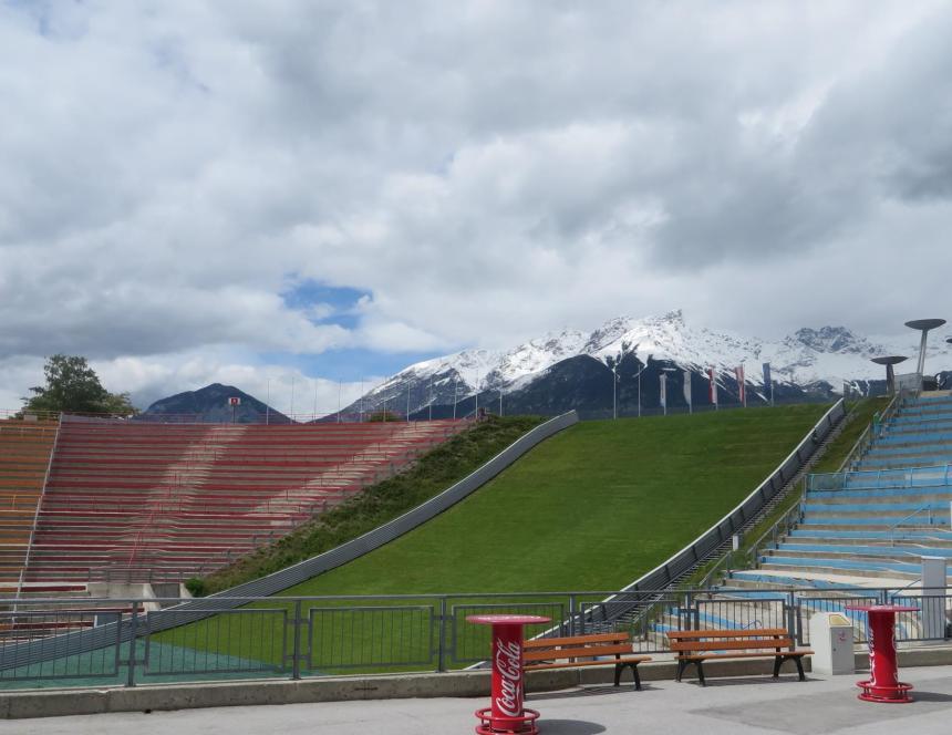 ski-jump-stadium3