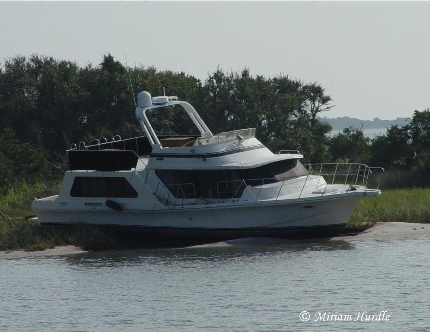 abandoned-boat-2