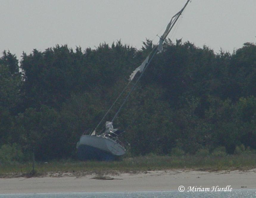 abandoned-boat-4