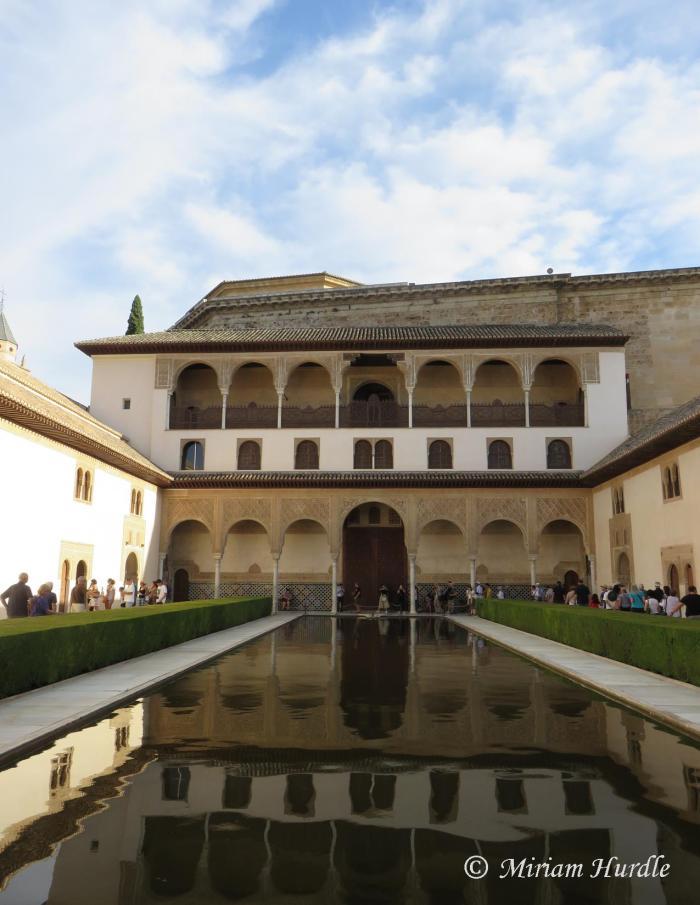 mirrir-image-1-alhambra