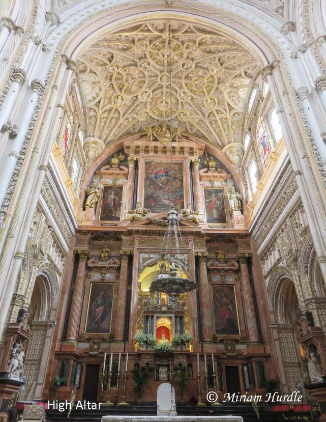 high-altar-mosquit-of-cordoba