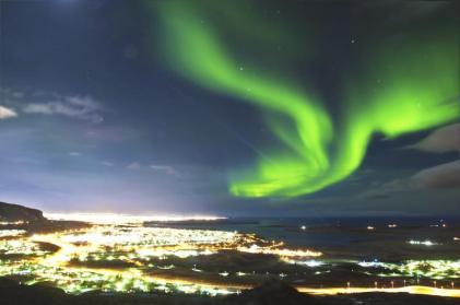 aurora-borealis-reykjavik