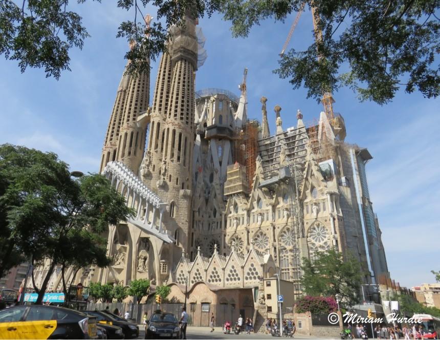 2. Sagrada Familia Cathedral Barcelona (2)