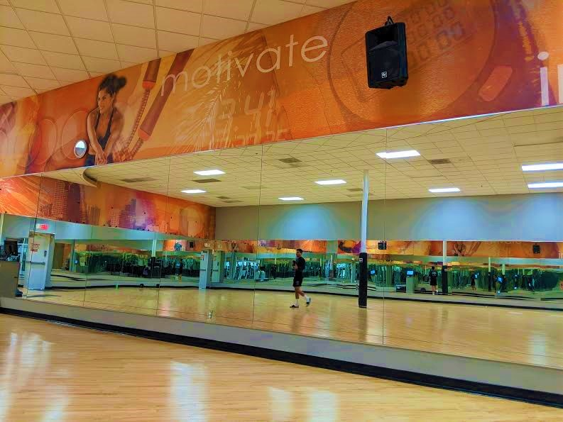 4.Gym Arobic room